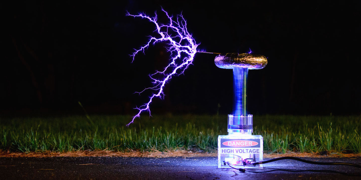 Photo of the oneTesla Musical Tesla Coil